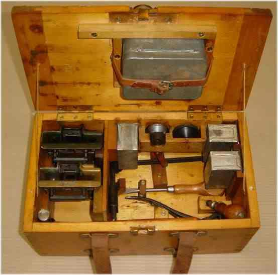 tool box for the vickers gun